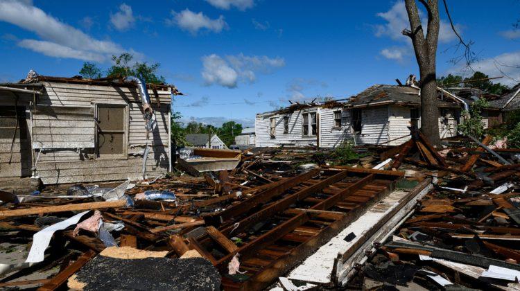 South Carolina tornado damage adds to coronavirus quarantine stress